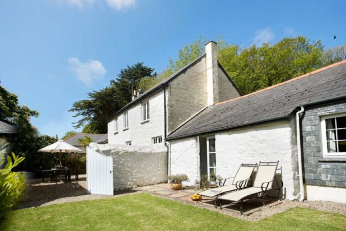Cottage with private courtyard