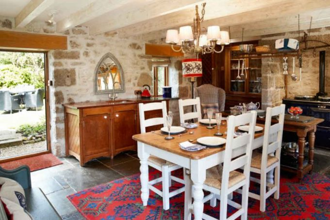 Period open plan dining room and kitchen