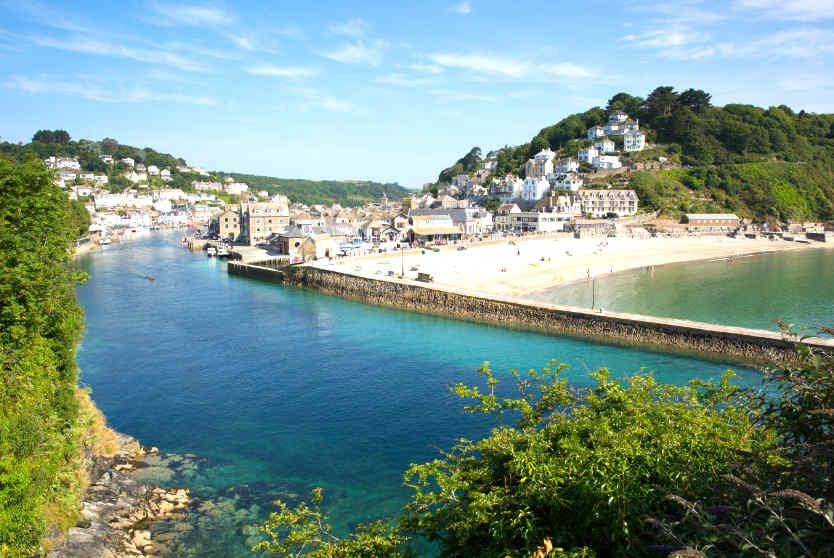 Looe Beach, Cornwall Beaches - Luxury Cornish Breaks